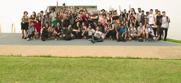 צילום קבוצת אנשים